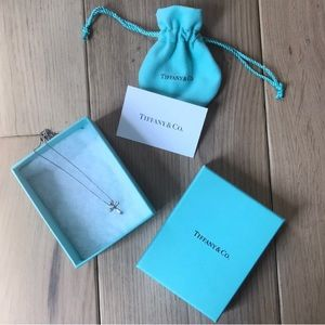 T&Co. | Elsa Peretti Cross Necklace
